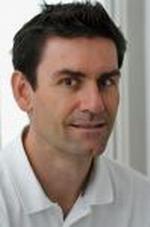 Доктор Маттиас Гейден - руководитель отделения детской и подростковой ортопедии клиники Кассель
