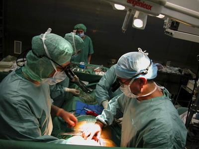Кардиохирургическая бригада во время операции