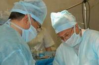 В штате Центра - известные врачи, профессора и доктора наук, ведущие специалисты в области реконструктивной, микрохирургической и репродуктивной уроандрологии, гинекологии, пластической и эстетической хирургии и других разделов клинической медицины.