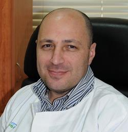 Врач-реабилитолог Юлий Трегер - реабилитационный Центр Левинштейн